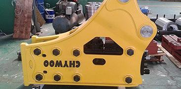 工作时如何保护液压泵?